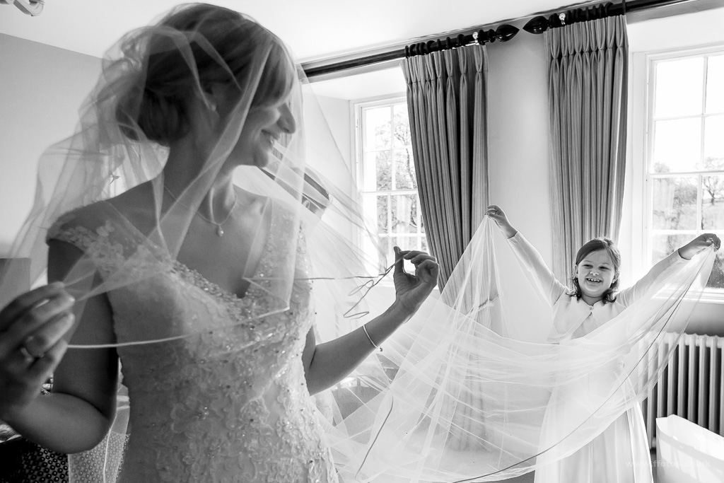 0220_brecon-wedding-photography_IMG_2572